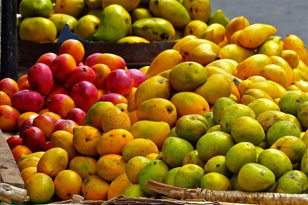 Rathna Fruit & Cool Bar – FRESH FRUIT JUICE  |  FRUIT SALAD SWEETS | FRUITS   -Mahabage, Ragama, Srilanka